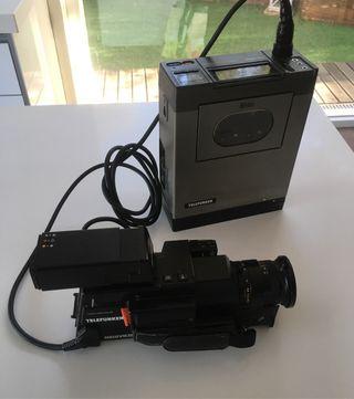 Equipo grabación vintage con magnetoscopio