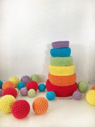 Cuencos encajables con pelotas crochet