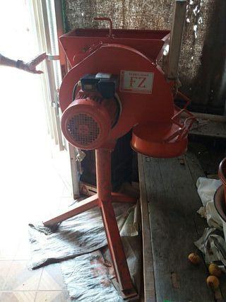 molino triturador de cereal electrico
