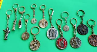 Medallas religiosa en Llaveros