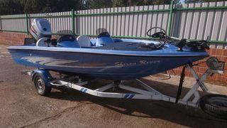 Bass boat /barco de pesca