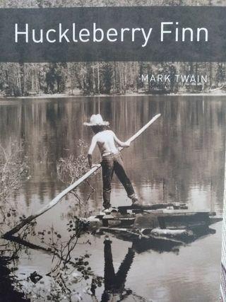 Huckleberry Finn libro ilustrado en inglés