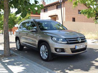 Volkswagen Tiguan muy equipado
