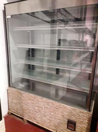 vitrina expositora refrigerada pastelería
