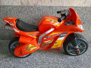 Moto grande niñ@