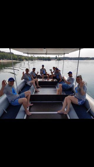 Catamarán para pesca o recreo ,para 24 personas