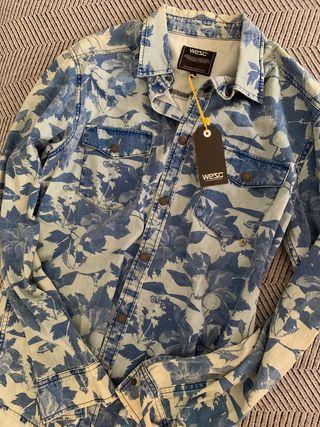 Camisa hombre marca WESC