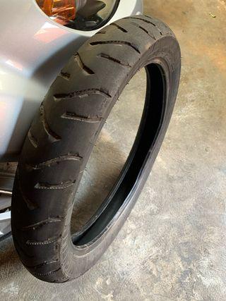 Neumatico Michelin 100 90 19