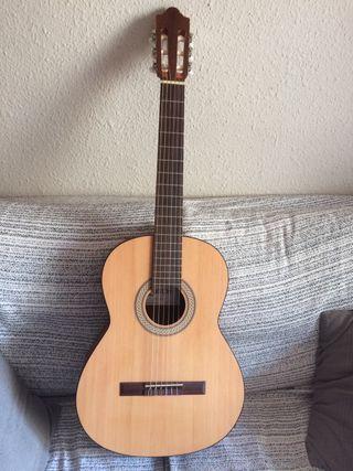 Guitarra seca nueva