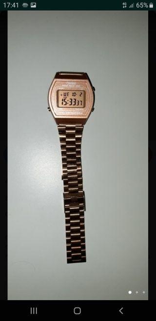 reloj casio rosado cobrizo
