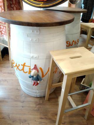 Barrica con tabla de mesa