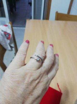 anillo tipo Cartier