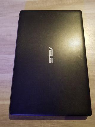 Portátil Asus X551C