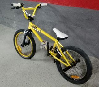 Bicicleta BMX Wipe