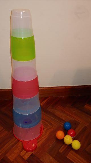 Torre de cubos encajables con bolas de Imaginarium