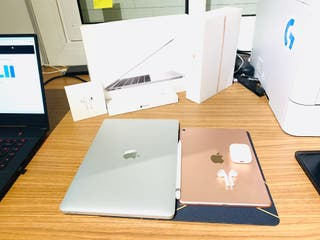 "MACBOOK PRO 13"", IPAD PRO 9,7 + PENCIL Y AIRPODS!"