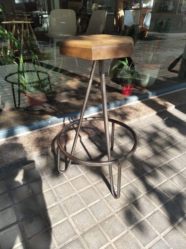 Sillas de bar - hecha a mano, madera y metal - 20x