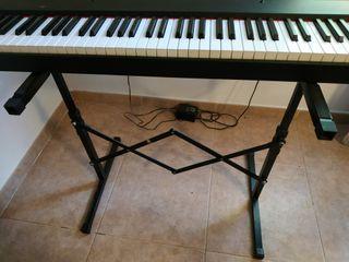 Piano digital GEM de 76 teclas contrapesadas