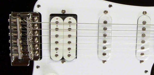 Yamaha Pacifica 012 Guitarra Eléctrica
