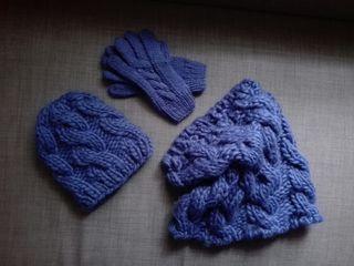 Conjunto cuello, guantes y gorro