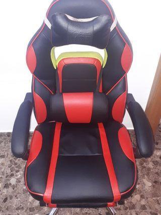 silla gaming roja y negra.