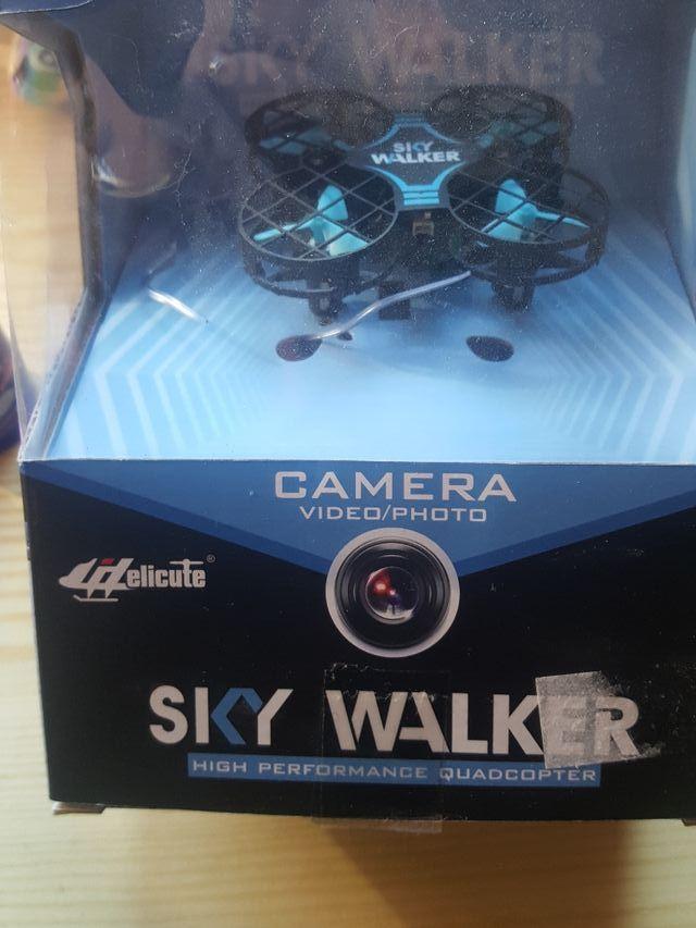 Dron Sky Walker