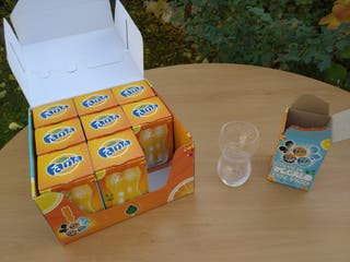 vasos Fanta naranja