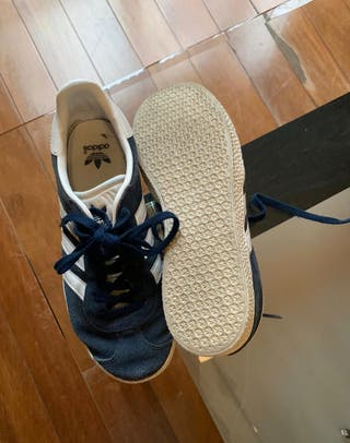 Adidas gazelle talla 35,5