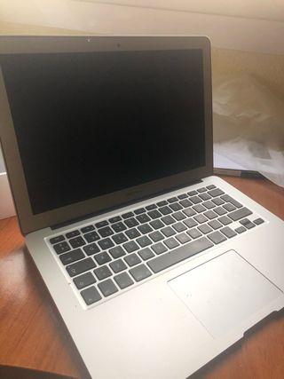 MacBook Air 13 (2018)