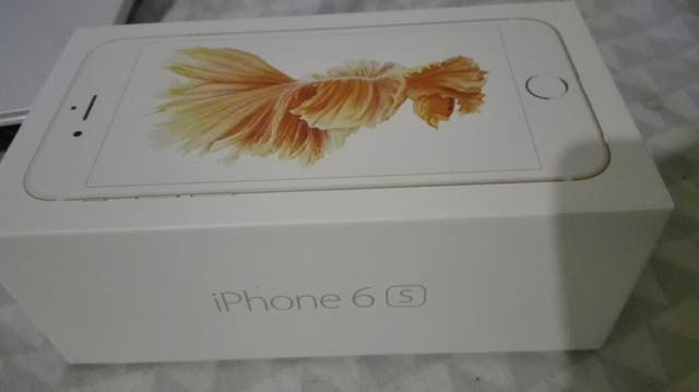 Gold Rose iPhone 6S 32GB *New*