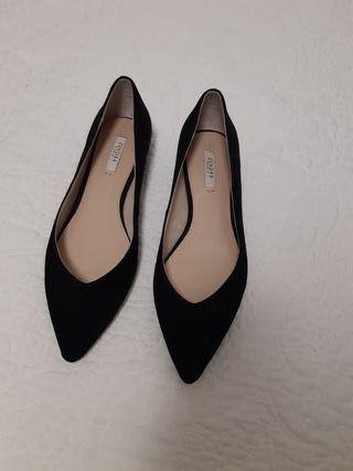 Zapatos nuevos a estrenar Zendra