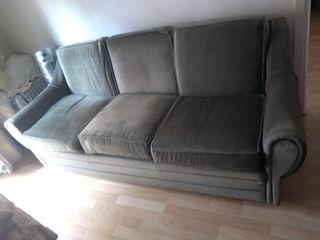 sillón verde terciopelo