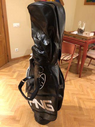 Bolsa con palos de golf PING