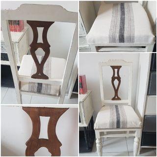 Sillas decorativas castaño restauradas
