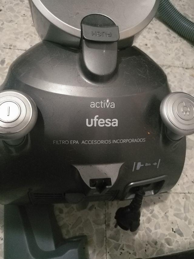 ASPIRADORA UFESA,IMPECABLE