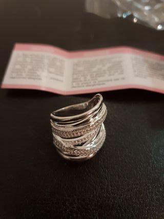 anillo de plata de primera ley