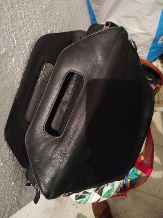 Bolsa piel con Asas Negra