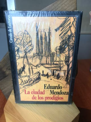 """""""La Ciudad De Los Prodigios"""" + """"Tiburón"""""""