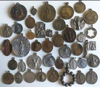 coleccion + 42 medallas religiosas