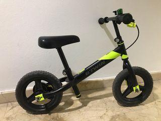 """Bicicleta sin pedales 12"""" B'TWIN"""