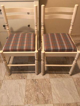 Pareja de sillas de madera estampado Burberry