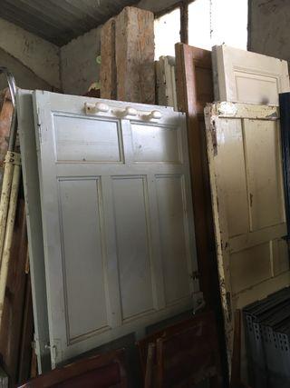 Puertas antiguas madera maciza pino
