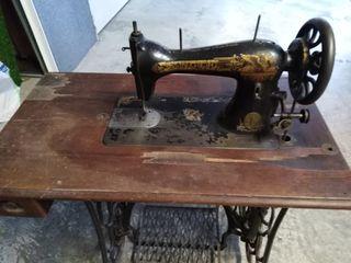 màquina coser singer antigua