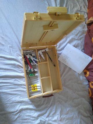 Caja Pinturas