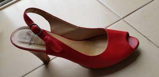 zapato piel rojo nuevo