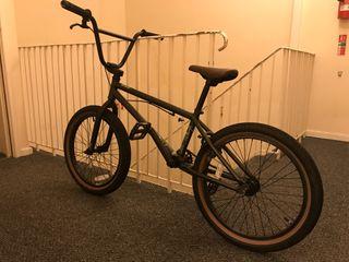 BMX JET GENERATE 150£ NEW