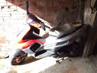 Moto Gilera Runner 50 para piezas (dada de baja)