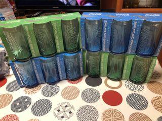 Vasos Coca-cola de colores verde y azul