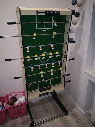 Fútbol de madera