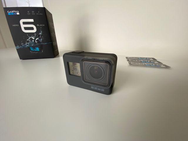 GoPro Hero 6 Black con tres baterias